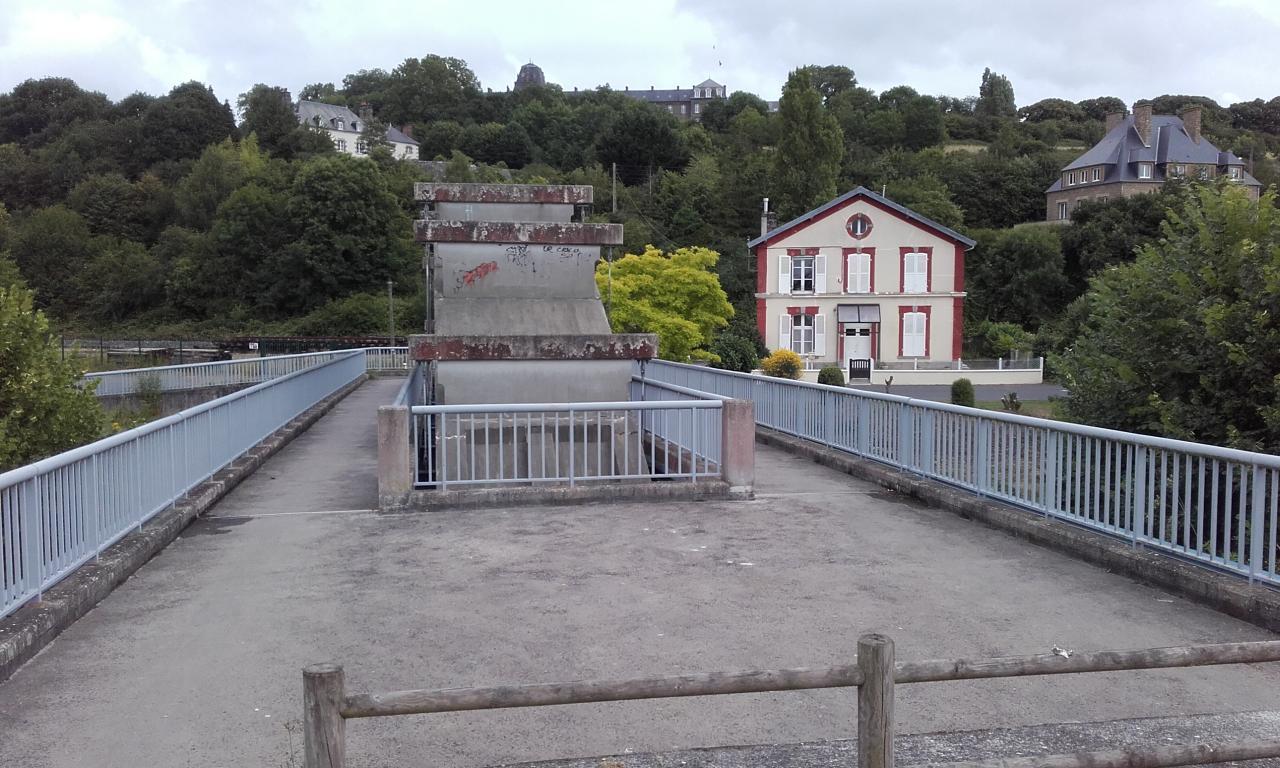 Avranches pont sur la Sée, aujourd'hui